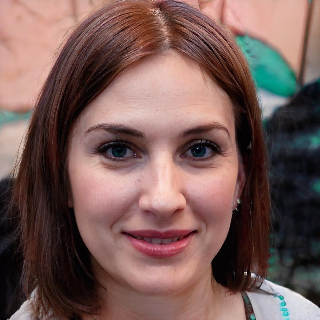 Caroline Hursar | Assistenz der Geschäftsleitung
